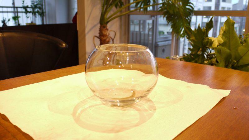 ガラスボールの器